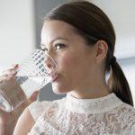 Perché bere più acqua fa bene